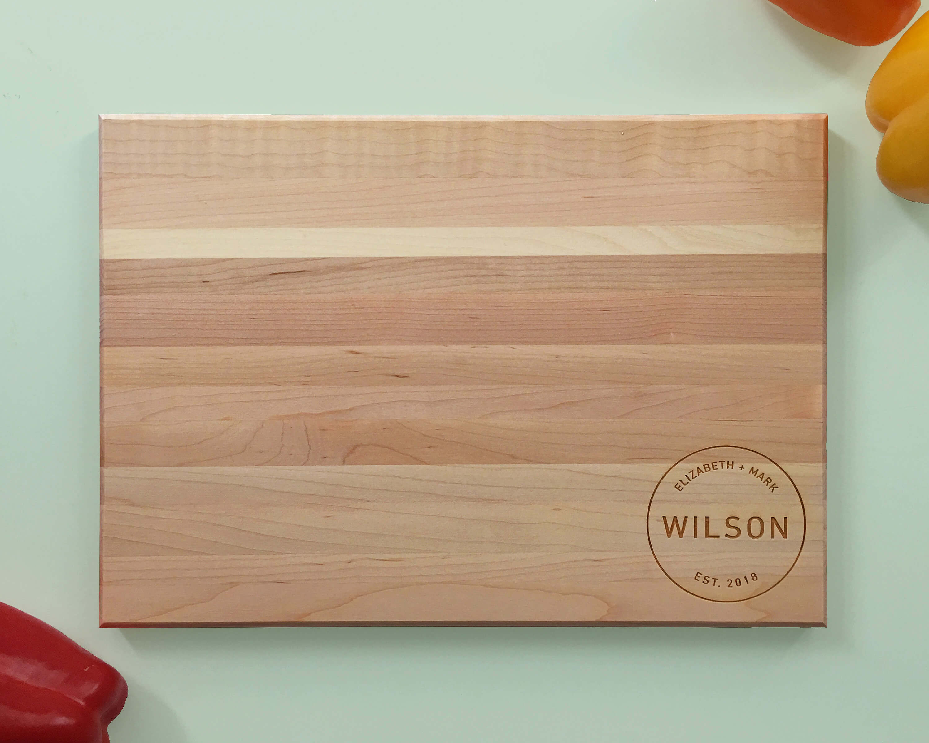 Personalized_and_Engraved_Wood_Cutting_Board_Last_Name_Circle