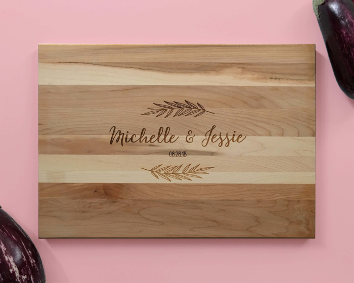 Personalized_and_Engraved_Wood_Cutting_Board_Names_Fern_Leaves